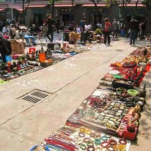 Is PU a Plus to Street-stall Economy